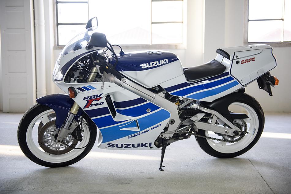 Suzuki RGV 250